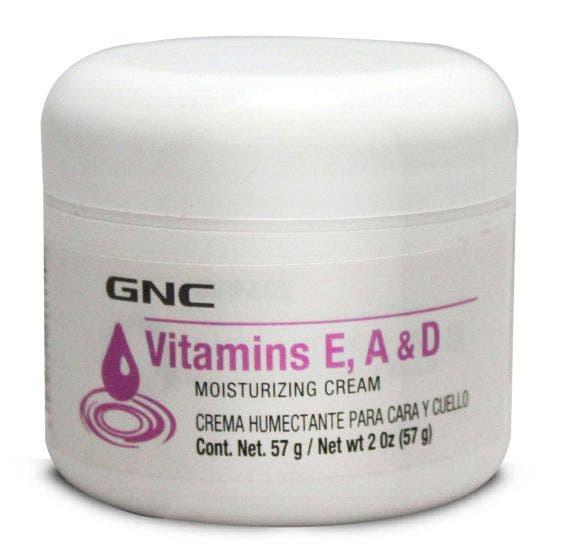GNC Crema Humectante con Vitaminas E, A & D - 2 oz